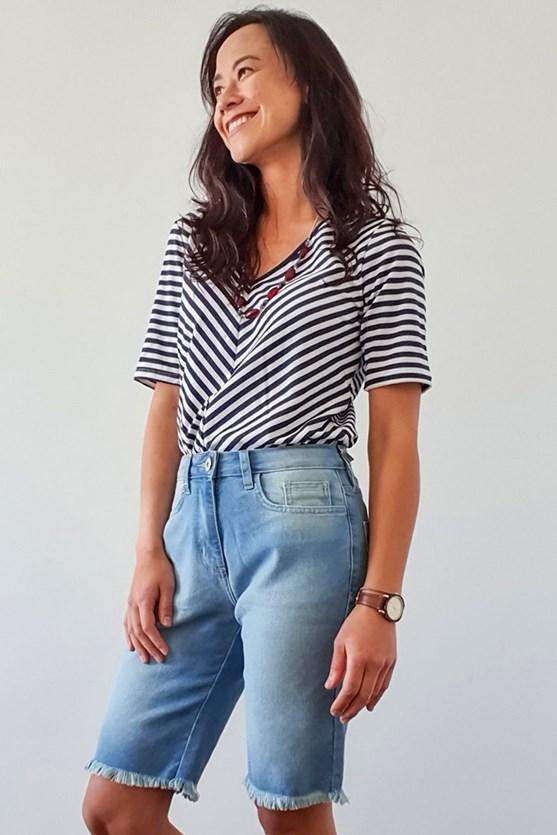 Bermuda longa cintura média clara