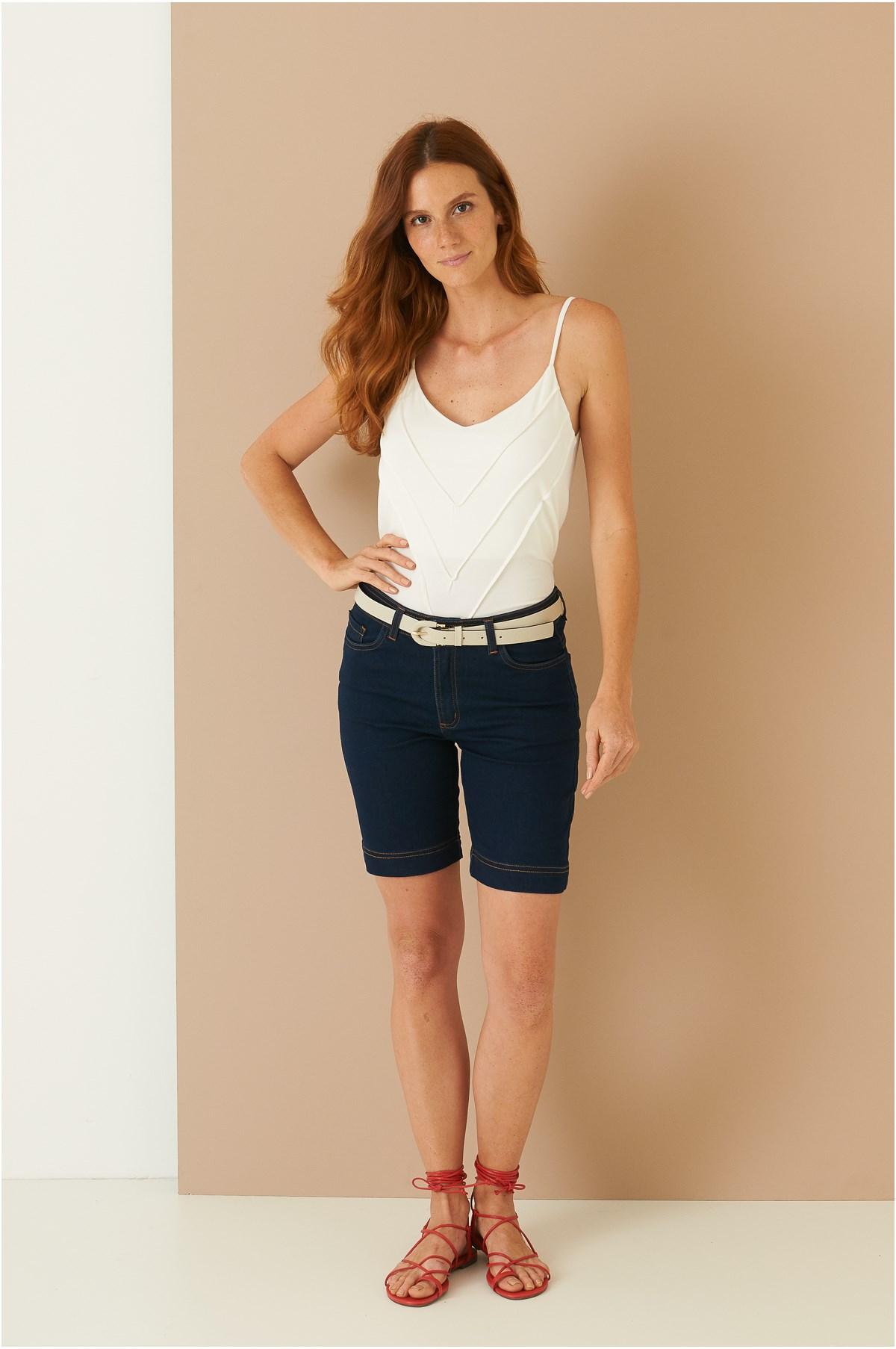 Bermuda Média Pespontos Jeans