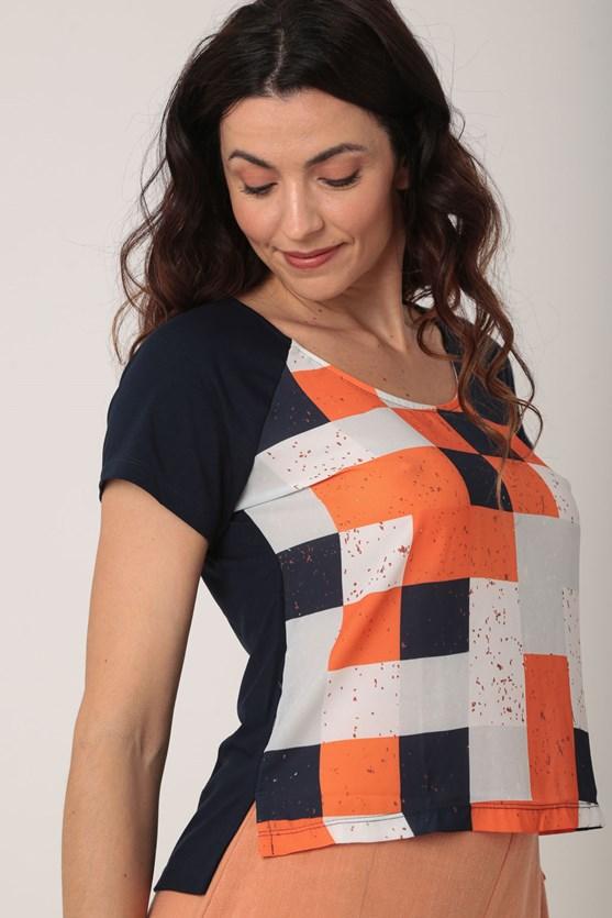 Blusa 2 em 1 geométrica azul marinho