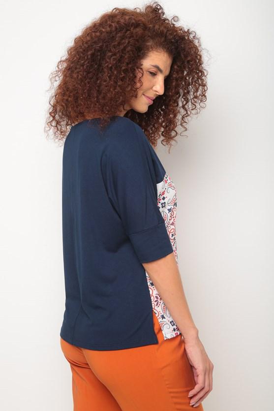 Blusa 2 em 1 sem cava estampa azulejo azul marinho