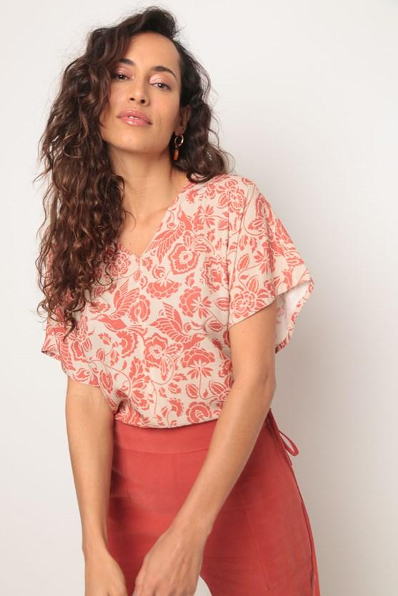 Blusa ampla sem cava arabescos bege