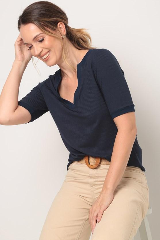Blusa canelada comfort azul marinho
