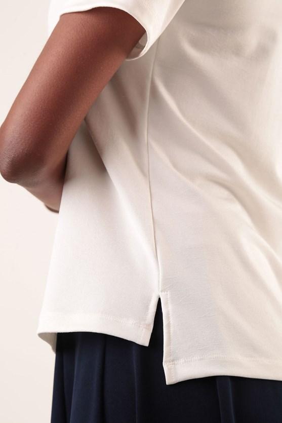 Blusa Decote V Duplo Malha Textura