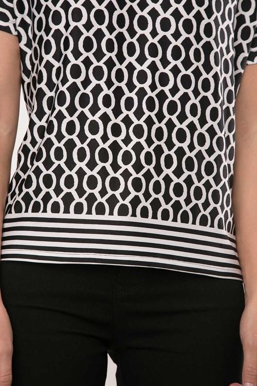 Blusa Jersey Barrado Geométrico Bicolor
