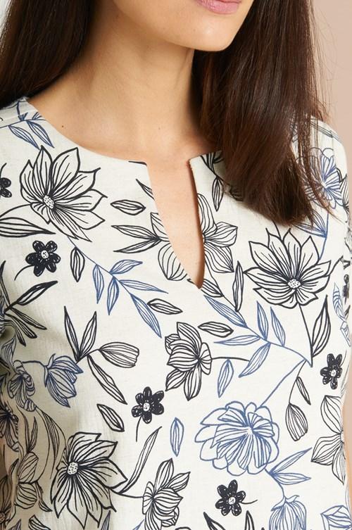 Blusa Linho Flores Contornadas