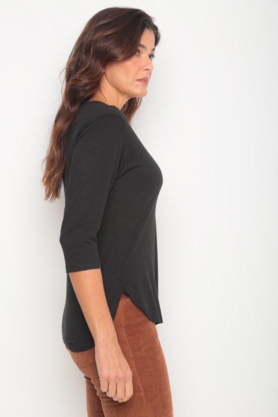 Blusa malha manga 3/4 decote v preto