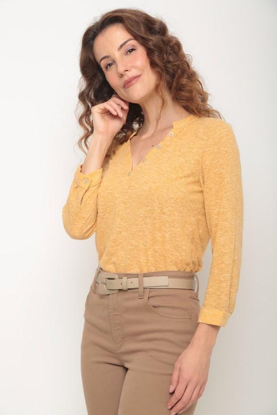 Blusa manga 7/8 pregas frente e costas amarelo