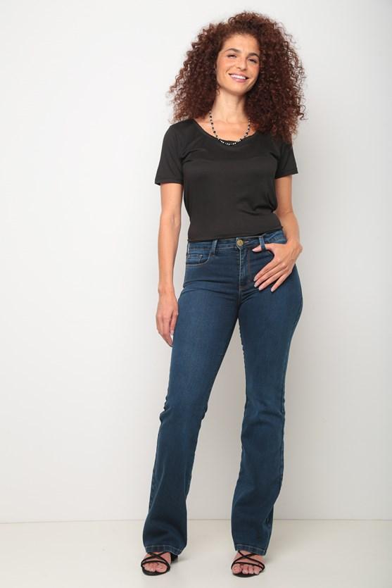 Blusa manga curta decote redondo preto