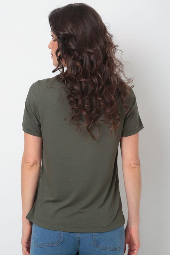 Blusa manga curta decote v á fio recorte  vd militar