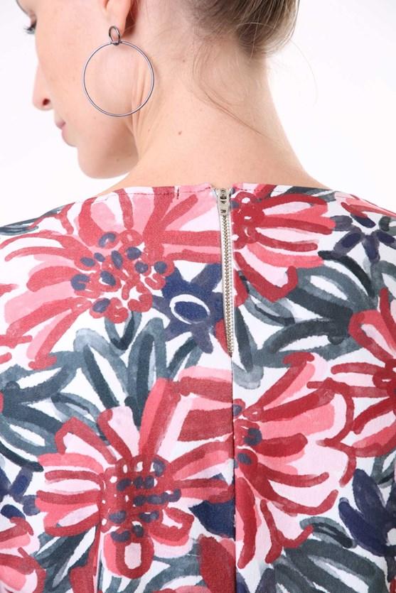 Blusa Manga Curta Flores Pinceladas