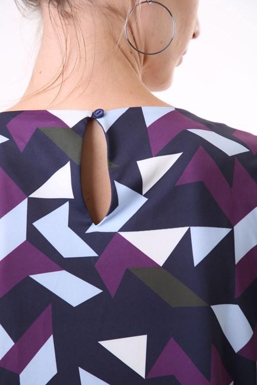 Blusa Manga Curta Jersey Geométrico