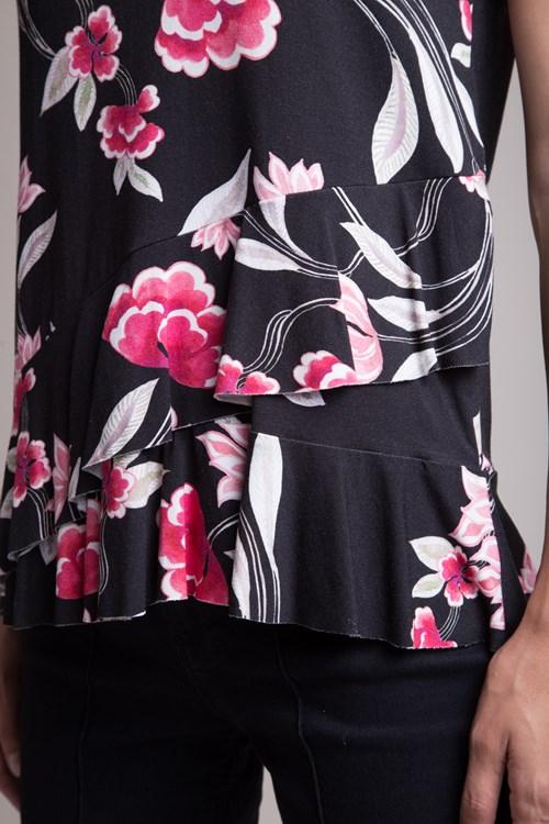 Blusa Manga Curta Viscocrepe Flores e Folhas