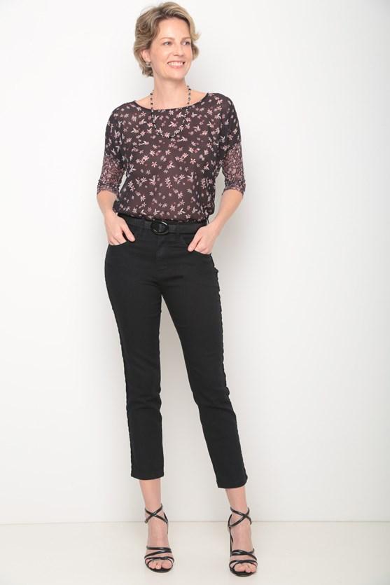Blusa mix estampa florzinhas preto