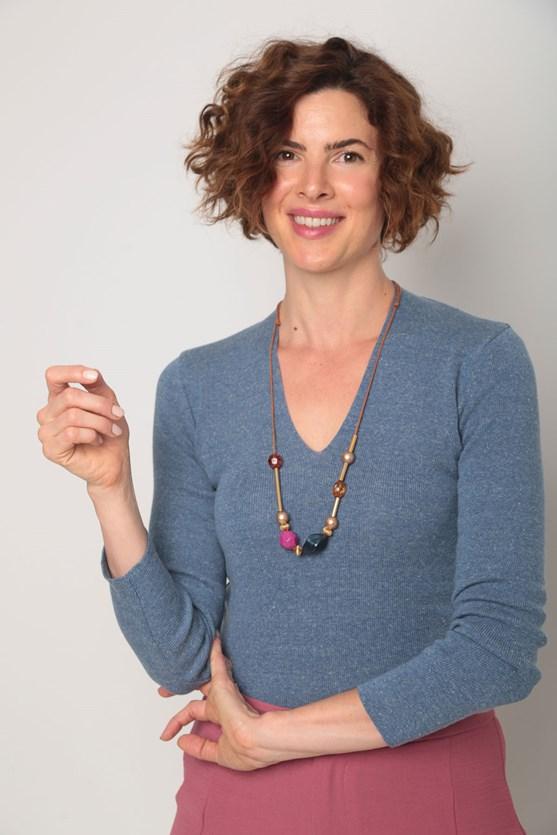 Blusa tricot decote v lisa  az azul