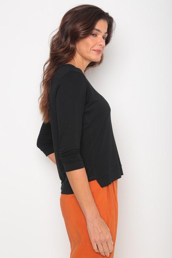 Blusa viscolycra decote u manga 3/4 preto