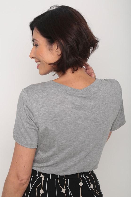Blusa viscolycra decote v manga curta cinza
