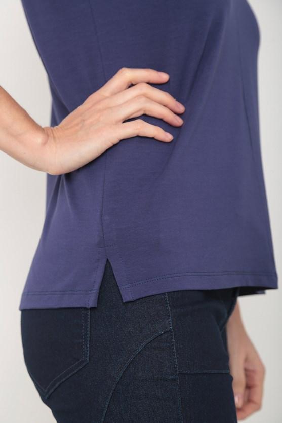 Blusa viscolycra decote v recorte frente  azul marinho