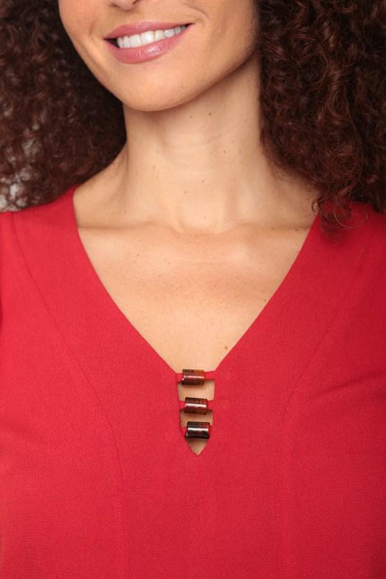 Blusa viscose decote v detalhe aviamento vermelho