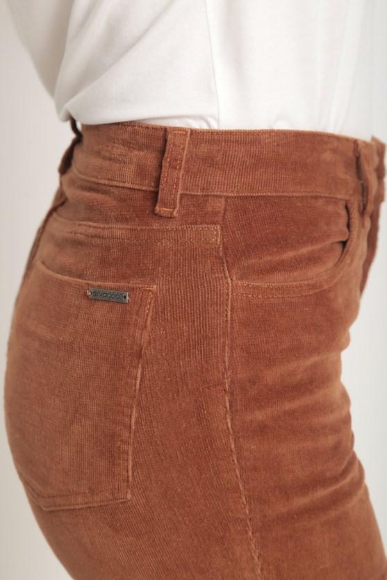 Calça boot cut veludo marrom
