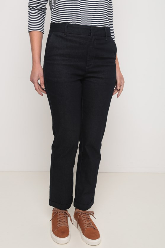 Calça jeans alfaiataria reta escura