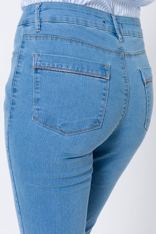Calça Jeans Detalhe Dourado