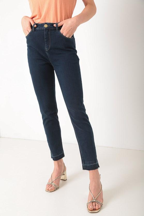 Calça jeans dia a dia escura