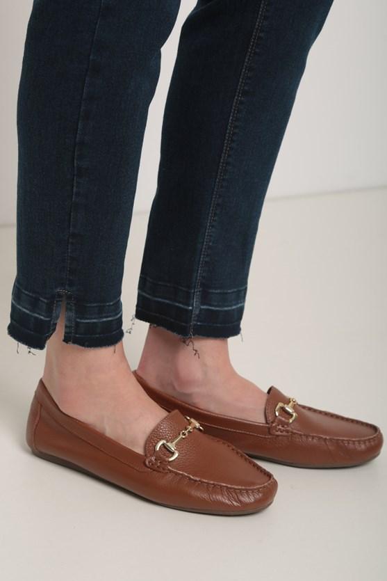 Calça jeans escura reta basic escura