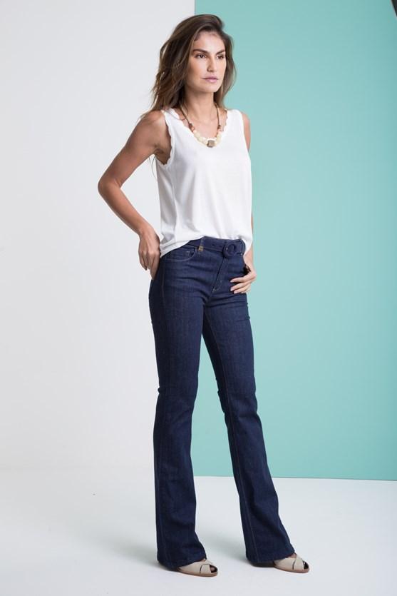 Calça jeans flare amaciada escura
