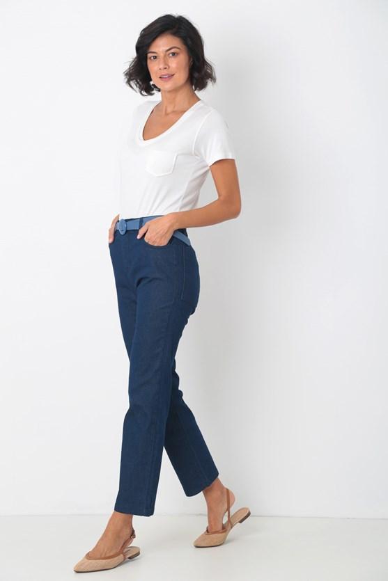 Calça jeans reta cropped média