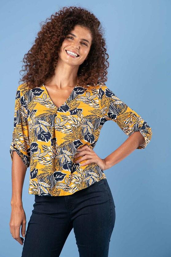 Camisa decote com prega manga 3/4 folhas encantada am hora dourada