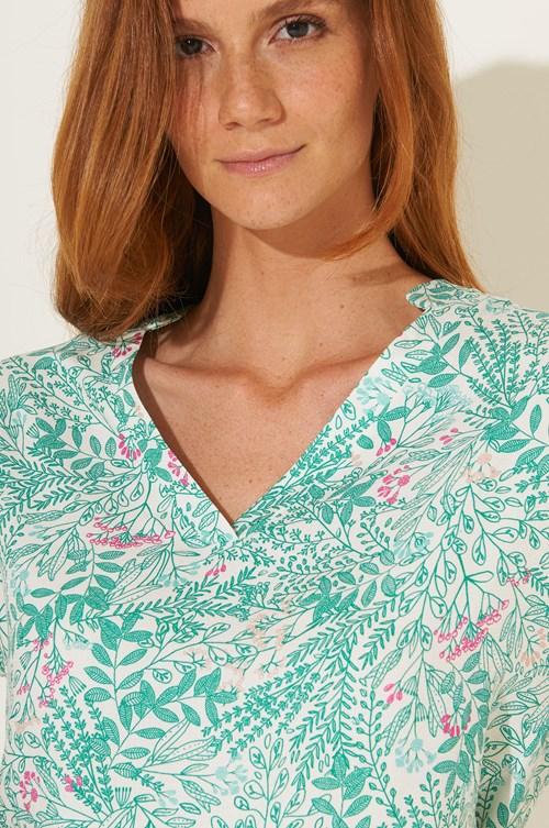 Camisa Manga Curta Viscose Flores Delicadas