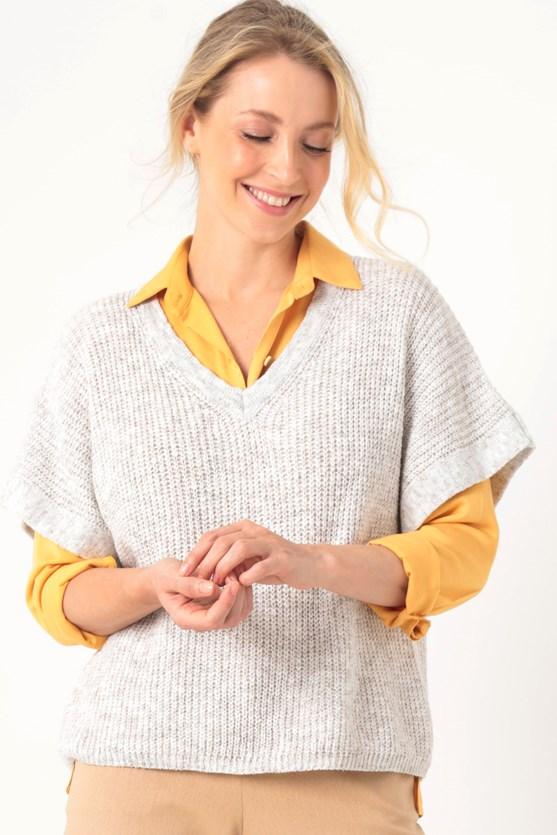 Produto Colete tricot decote v off white