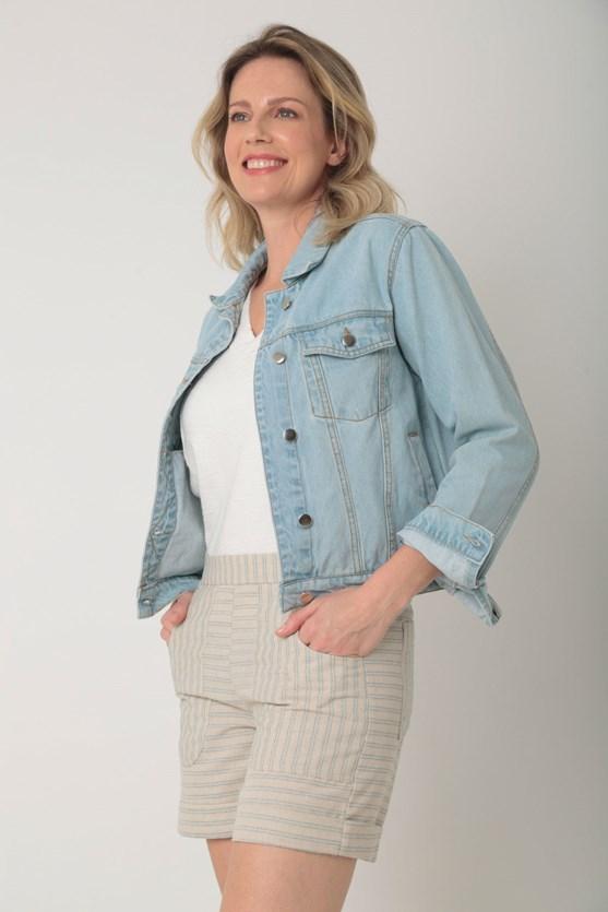 Jaqueta jeans de algodão bolso funcional clara