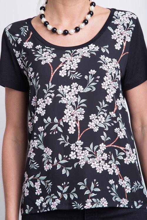 T shirt Frente Cetim Belas Flores