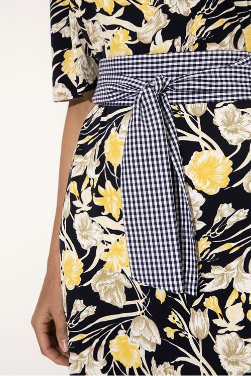 Vestido Cabos e Flores