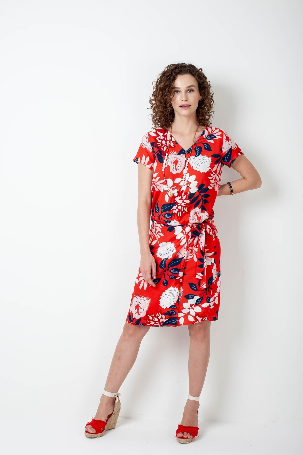 339c8fc20 Vestido Curto Saia Envelope Viscose Flores Bicolor - Ervadoce